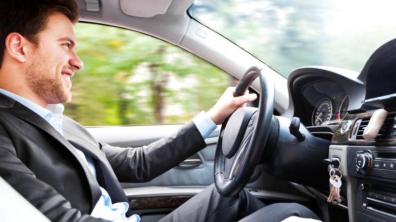 Noleggio auto lungo termine usate, conviene e funziona.